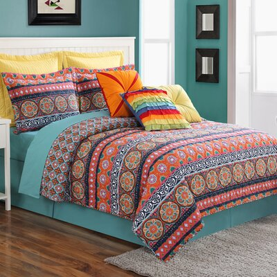 Carman Reversible Quilt Set Size: King
