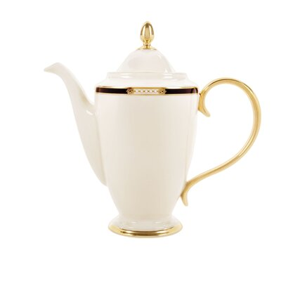 Hancock 6 Cup Coffee Server with Lid 6042527