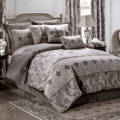 Chateau 4 Piece Comforter Set Size: Queen