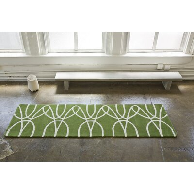 Ribbon Green/White Area Rug Rug Size: Round 6