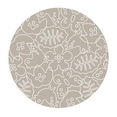 Season Light Sable/White Area Rug Rug Size: Round 6
