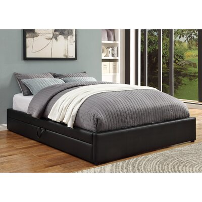 Queen Upholstered Storage Platform Bed Size: Queen