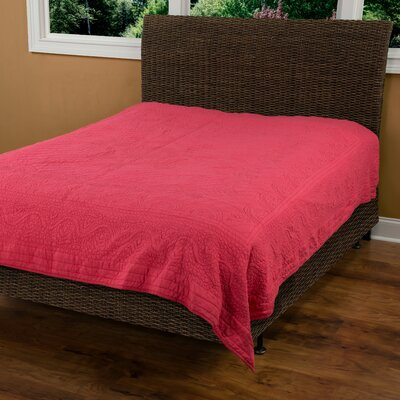 Corinna  Matelasse Quilt Color: Coral, Size: King