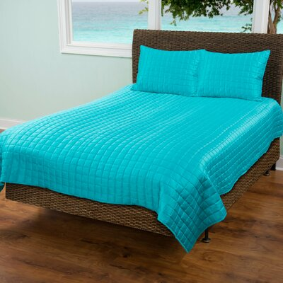 3 Piece Quilt Set Size: King, Color: Aqua