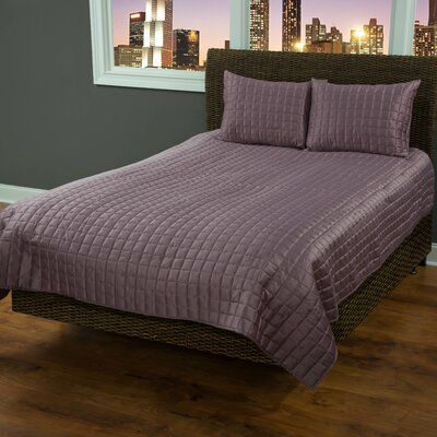 3 Piece Quilt Set Size: King, Color: Orchid