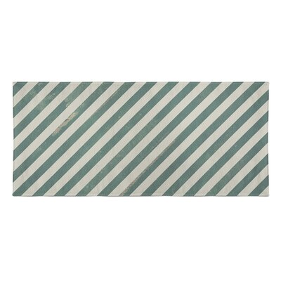 Mellina Beach Towel Color: Green