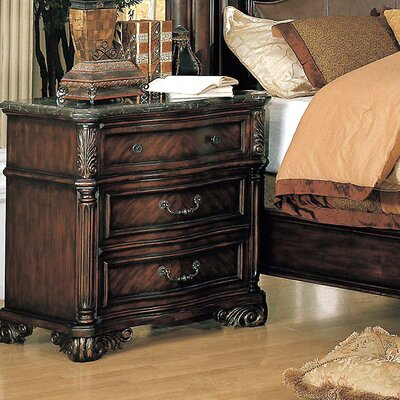 Albrightsville 3 Drawer Bachelors Chest