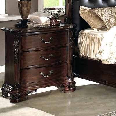 Alderwood 3 Drawer Bachelors Chest