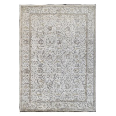 Hand-Knotted Gray/Beige Area Rug