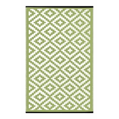 Lightweight Reversible Leaf Green/Ivory Indoor/Outdoor Area Rug Rug Size: 4 x 6