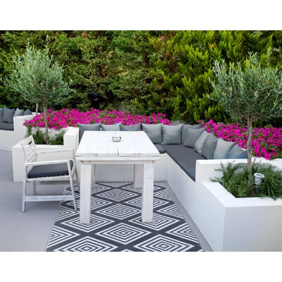 Lightweight Reversible Legend Charcoal Gray/White Indoor/Outdoor Area Rug Rug Size: 5 x 8