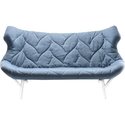 Foliage Loveseat Leg Color: Red, Upholstery: Blue Cloth