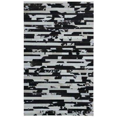 Matador Hand-Woven Black/Tan Area Rug Rug Size: 5 x 8
