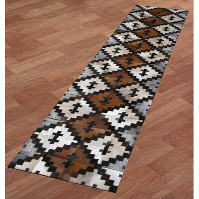 Matador Hand-Woven Brown/Tan Area Rug Rug Size: Runner 26 x 12