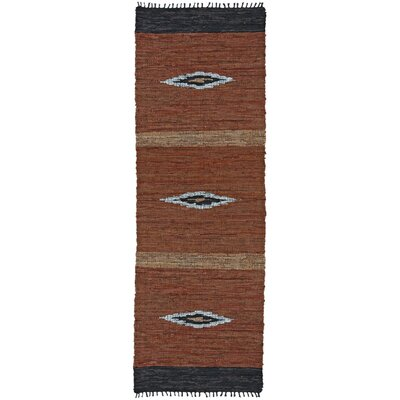 Matador Diamonds Leather Chindi Brown Area Rug Rug Size: Round 6