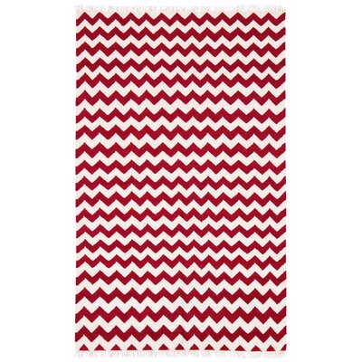 Hacienda Red/White Chevron Area Rug Rug Size: 4 x 6