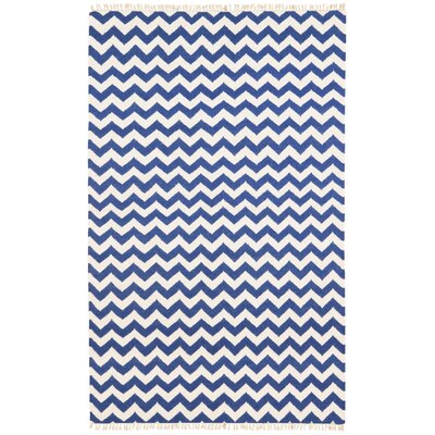Hacienda Blue/White Chevron Area Rug Rug Size: 4 x 6