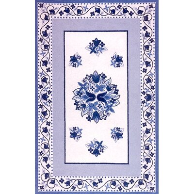 Bucks County Tulip Ivory/China Blue Area Rug Rug Size: 4 x 6
