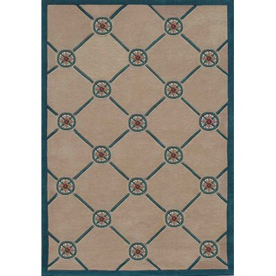 Beach Rug Ivory/Teal Compass Novelty Rug Rug Size: 8' x 11'