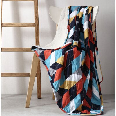 Geometric Sherpa Reverse Throw