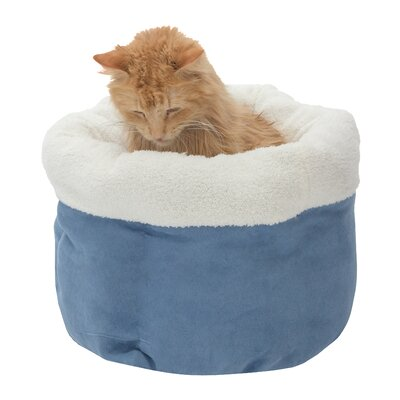 Barclay Pet Bed Color: Ocean Blue