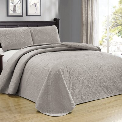 Browning 3 Piece Reversible Quilt Set Color: Taupe