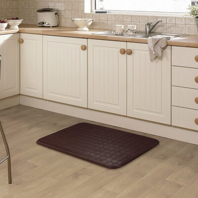 Kipp Basket Weave Kitchen Mat Color: Chocolate