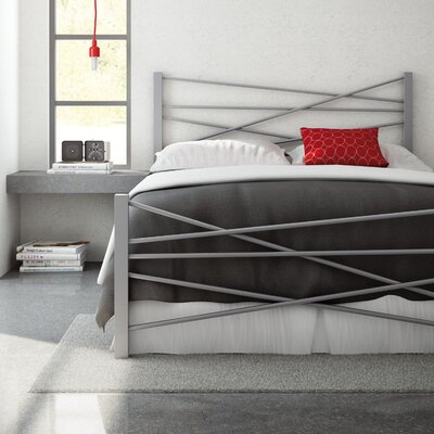 Crosston Bed Finish: Textured Black, Size: Queen