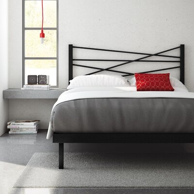 Crosston Platform Bed Size: Queen, Color: Textured Black