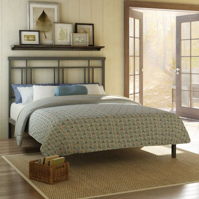 Cottage Platform Bed Size: Queen, Color: Matte Dark Grey