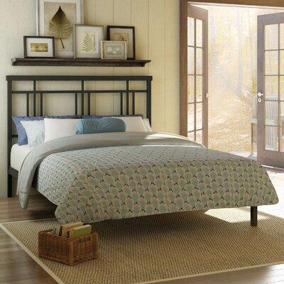 Cottage Platform Bed Size: Queen, Finish: Textured Dark Brown