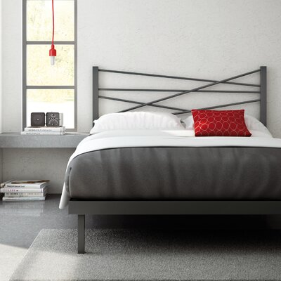 Crosston Platform Bed Finish: Glossy Grey, Size: Queen