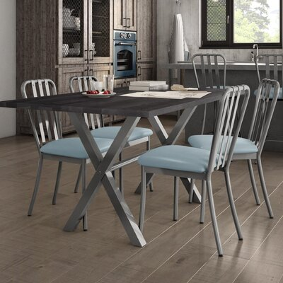 Raritan Distressed 5 Piece Dining Set Table Base Color: Gray