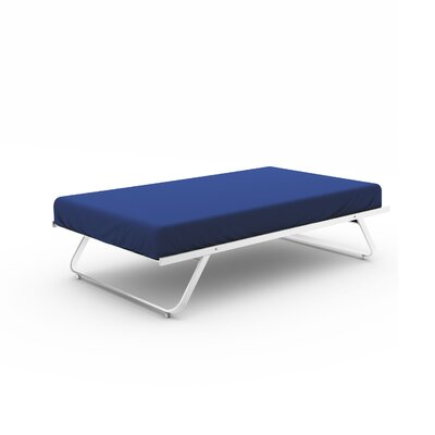 Trundle Metal Bed Color: Snow