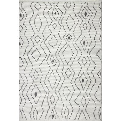 Gisselle Hand-Knotted Wool Ivory Area Rug Rug Size: Rectangle 36 x 56