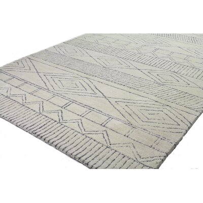 Jazlyn Hand Tufted Wool Ivory/Gray Area Rug Rug Size: Rectangle 4 x 6