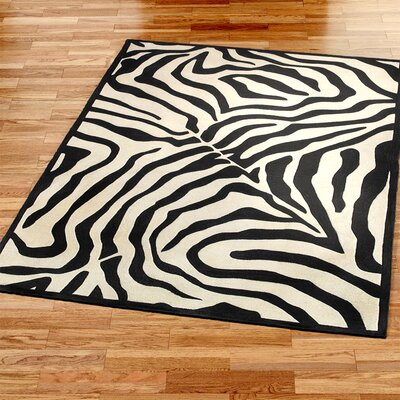 Fashion Black/Ivory Area Rug Rug Size: 5 x 8