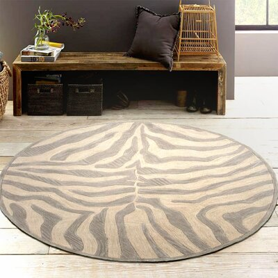 Fashion Taupe/Sliver Zebra Area Rug Rug Size: Round 5