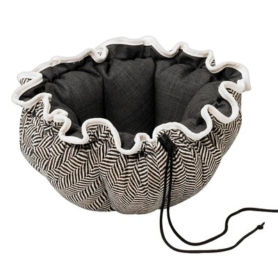 Buttercup Nest Dog Bed Size: Small (24 L x 24 W), Color: Herringbone