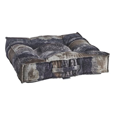 Piazza Bed Sonoma Pillow Size: 40 W x 40 D x 7 H