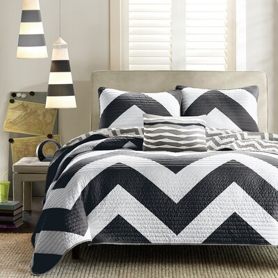 Bullock Reversible Coverlet Set Size: Full / Queen, Color: Grey / White