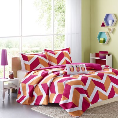Billie Comforter Set Color: Pink, Size: Full / Queen