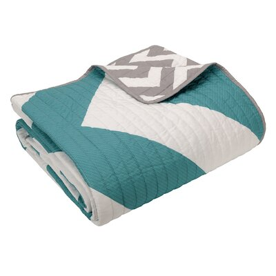 Bullock Oversized Quilted Throw Blanket Color: Blue