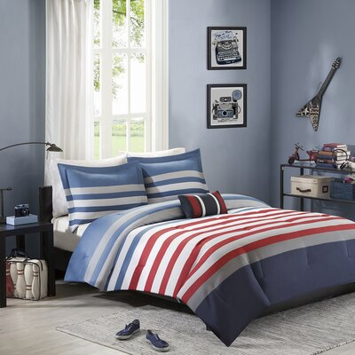 Kyle Comforter Set Size: Full / Queen