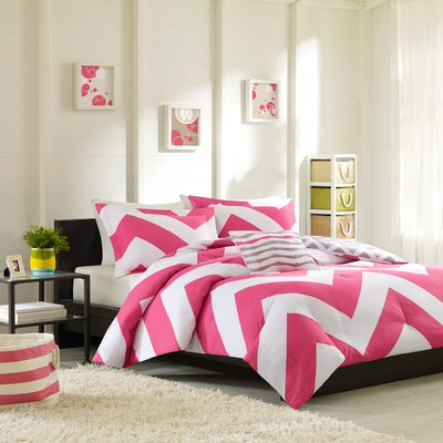 Bullock Reversible Comforter Set Size: Twin / Twin XL, Color: Pink