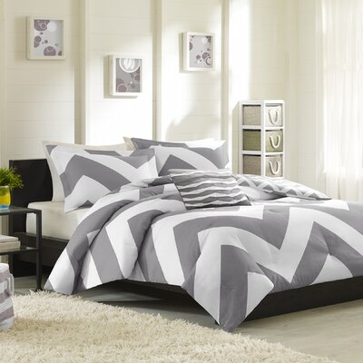 Bullock Reversible Comforter Set Size: Full / Queen, Color: Grey