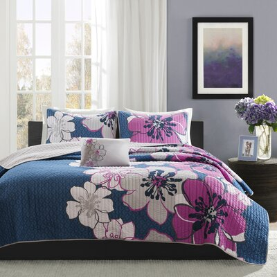 Allison Reversible Coverlet Set Size: Full/Queen