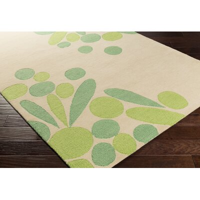 Flying Colors Tufted Beige/Green Area Rug Rug Size: 2 x 3