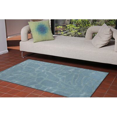 Roma Hand-Tufted Blue Area Rug Rug Size: 5 x 8