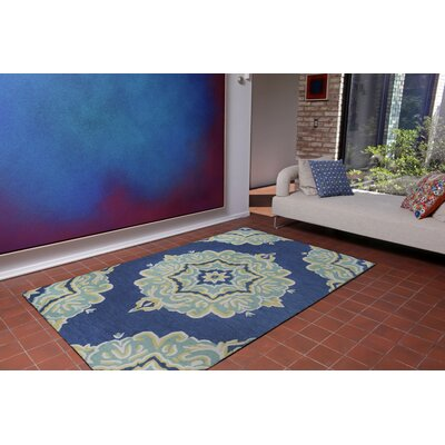 Sloan Medallion Hand-Tufted Navy Indoor/Outdoor Area Rug Rug Size: 5 x 8